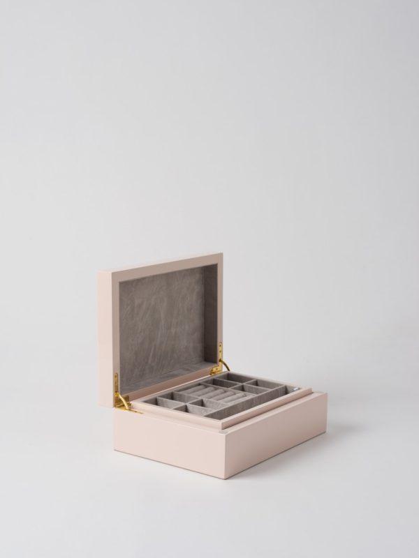 Citta Jewellery Box in Shell