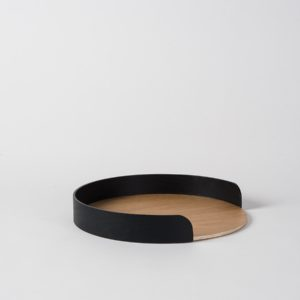Citta Small Segment Tray in black/natural oak